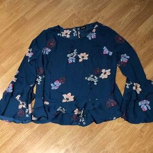 a.n.a long sleeve floral blouse